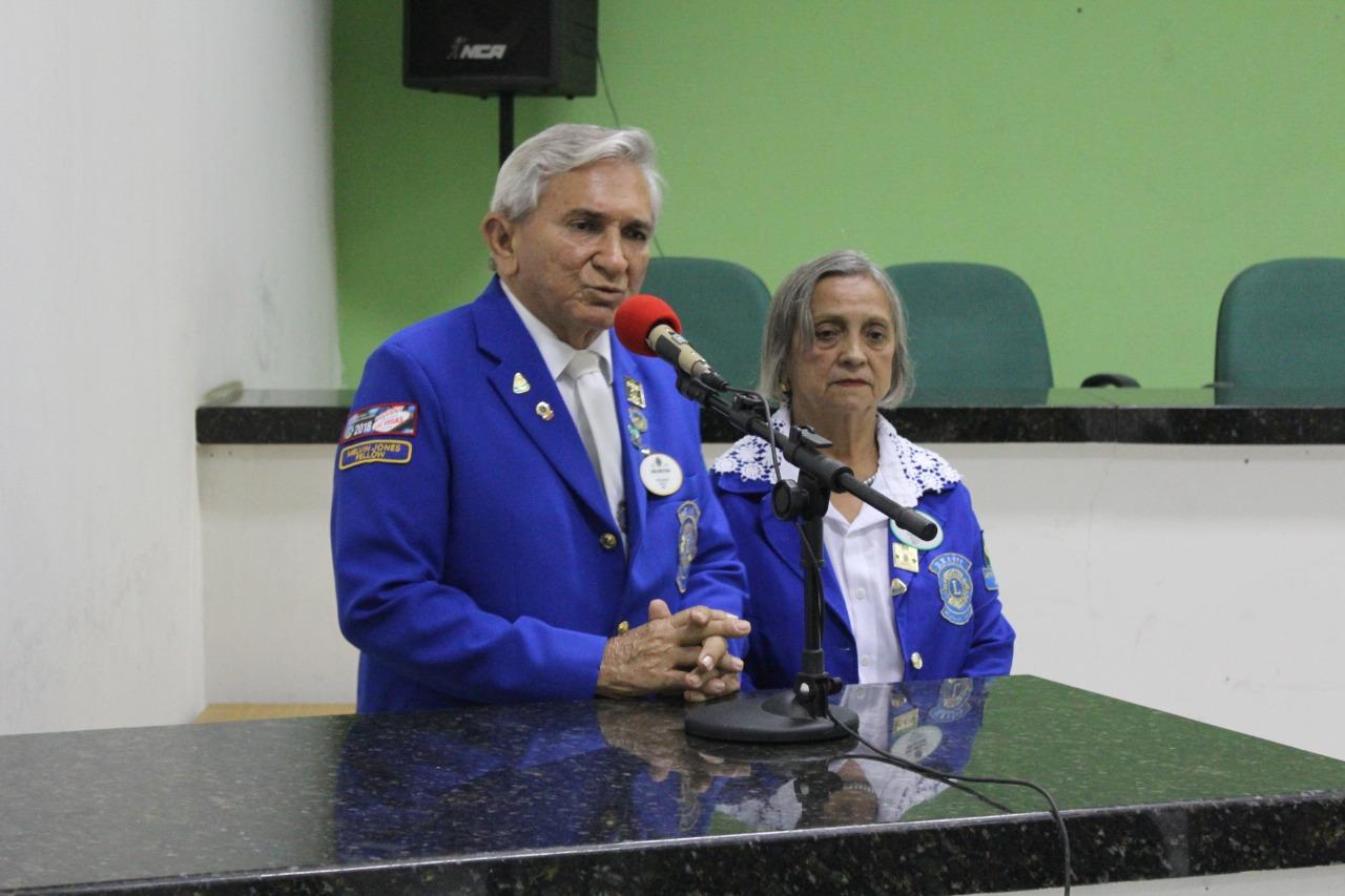Câmara de Campo Maior realiza homenagem a João Alves Filho e Geni Alves por trabalhos sociais