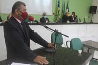 Vereador Zé Pereira pede vistas na prestação de contas do ano de 2013, do ex-prefeito Paulo Martins