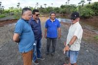 Vereadores vistoriam rompimento de obra na zona rural de Campo Maior